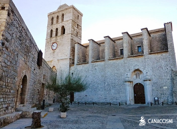 Image locations Ibiza Formentera Towns and Streets 9